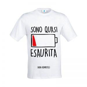 "T-shirt ""Sono quasi esaurita"""